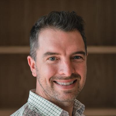 Dr Geoff McIntosh